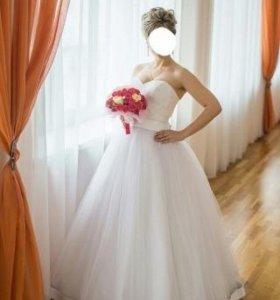 Свадебное платье р 42-46