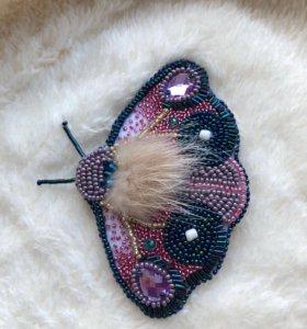 Брошка бабочка (мотылёк)