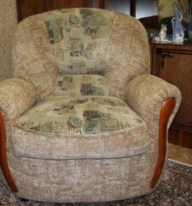2 кресла и кресло кровать