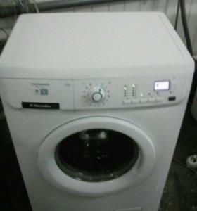 Электролюкс EWS 106410W, загрузка 6 кг