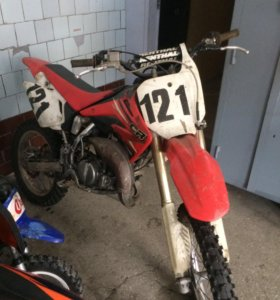 Кроссовый мотоцикл Honda sr 85 кубов