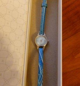 Оригинальные, серебряные часы НИКА