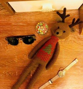 Вязанная игрушка олень «Моки»