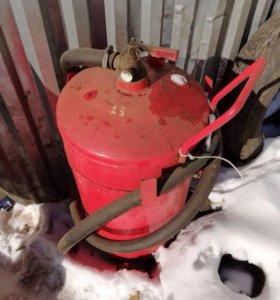 продам огнетушитель на колесах