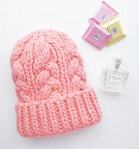 Женская шапка. Тёплая шапка
