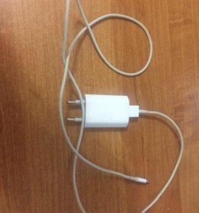 Оригинальная зарядка от iPhone