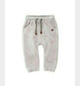 Новые велюровые брюки для ребенка