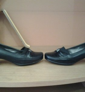 Туфли размер 35.