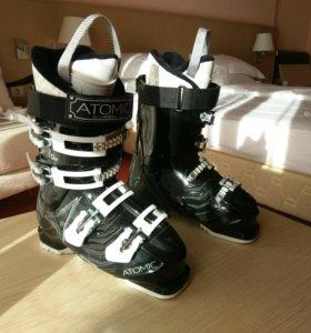 Горнолыжные ботинки Atomic, р-р 24,5