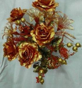 Искусственные цветы в наличии