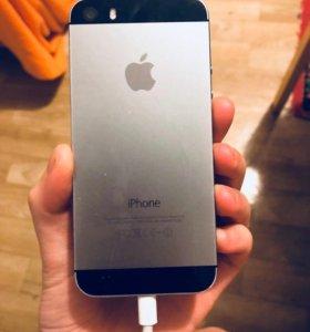 Продам iPhone 5s на 16gb