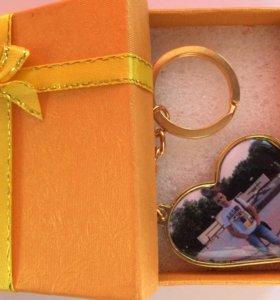 Брелок-сердце золотистый и серебристый премиум