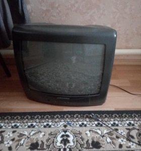 Цветной телевизор Grundig