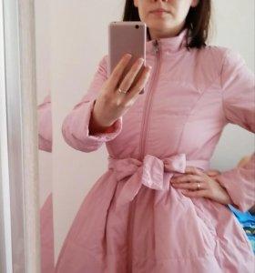 Куртка демисезонная женская.