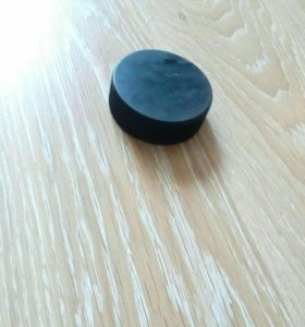 Шайба хоккейная