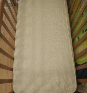 Детская кроватка с механизм маятник матрас бортики
