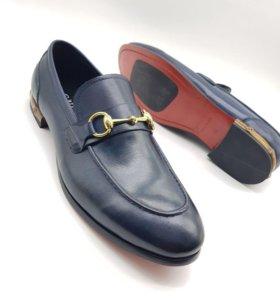 Новые мужские ботинки Gucci.