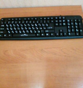проводная компьютерная клавиатура