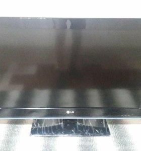 Подам телевизор LG 32LK451