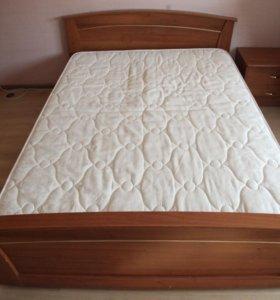 Кровать с матрасом 140х200