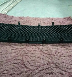 Решётка радиатора на лэнд-крузер 200