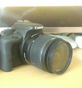Зеркальный фотоаппарат Canon 100D