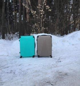 Новые ударопрочные чемоданы