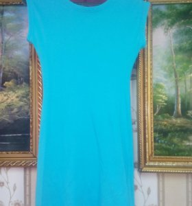 Отличное платье,великолепный цвет
