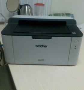 Принтер черно- белый