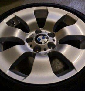 Продам комплект колес BMW R17. На 3er E90+
