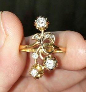 Перстень  СССР 750 проба бриллианты