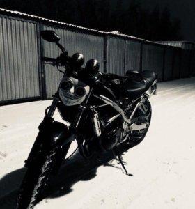 Suzuki Bandit GSF 400