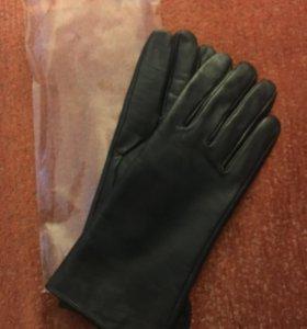 Новые кожаные перчатки (размер 7,5)