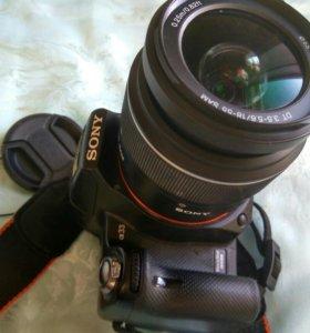 Зеркальный фотоаппарат Sony SLT-A33