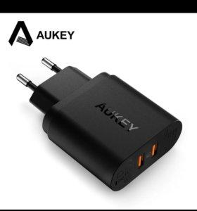 Зарядка Aukey QC 3.0