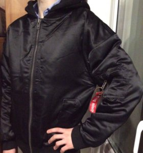 Новая осенняя мужская куртка