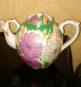Большой чайник Дулево