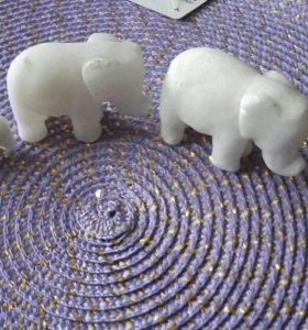 Накомодные мраморные слоники. Ретро