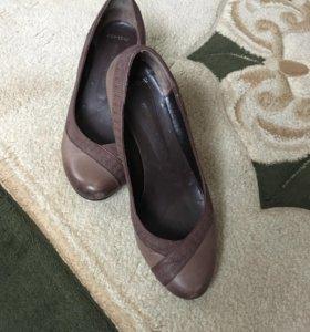 Туфли кожаные р.39. Турция