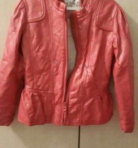 Курточка для девочки 110-116