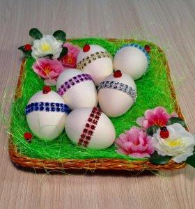 Пасхальная тарелка для яиц