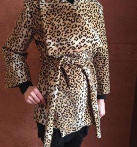Демисезонная пальто ; куртка