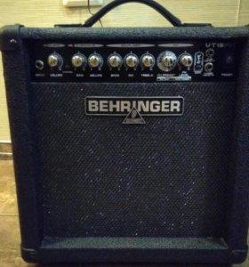 Усилитель Behringer VT15FX