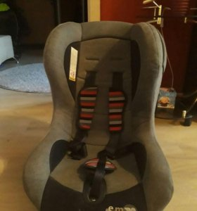Автомобилбное кресло