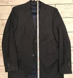 Мужской пиджак размер M