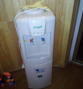 Куллер питевой воды