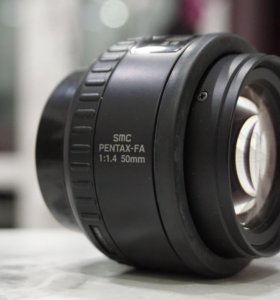 Обьектив Pentax SMC FA 1:1,4 50mm