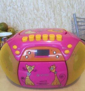 Магнитола с CD/MP3 player Vitek