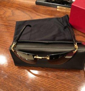 Золотые очки Cartier