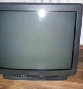 Телевизор SONY TRINETRON 61см диагональ